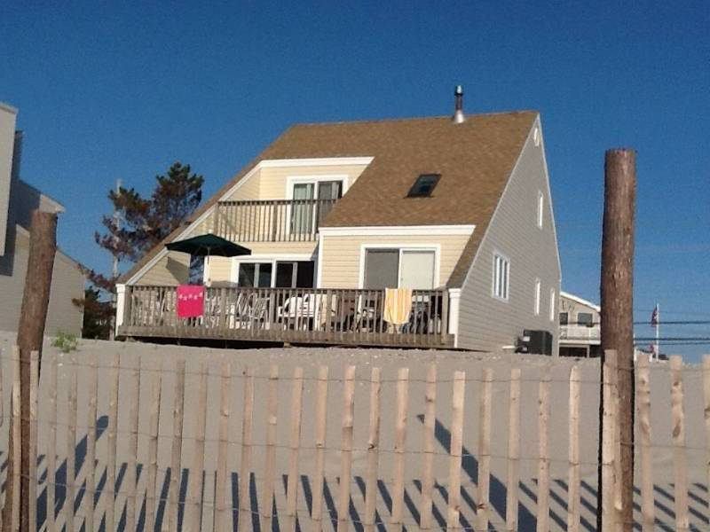 Holgate Beautiful Ocean Front Family Home
