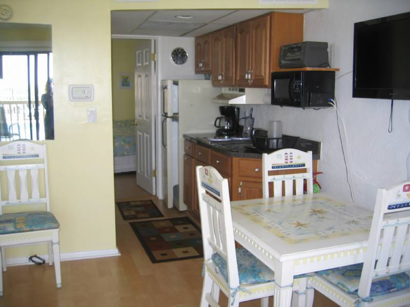 North Wildwood 1 Br OceanFront Condo (Mauna Loa) Weekly, Monthly