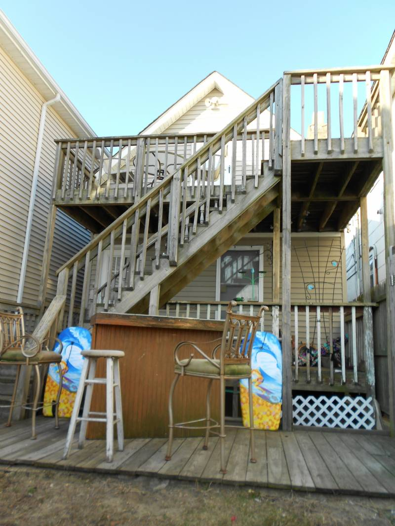 Seaside Hts 2nd House from Beach - 6 Bedroom with Yard and Deck