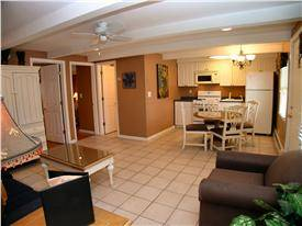 Seaside Heights  1, 2 & 4 Beach Suites with Inground Pool