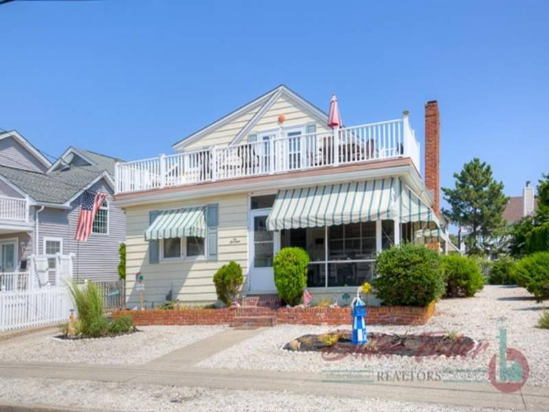 Stone Harbor Charming Single Family Home Near Beach